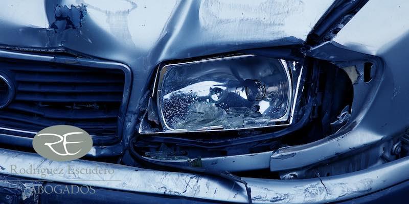 Qué se precisa para reclamar la indemnización por accidente de tráfico debido a la carretera en mal estado