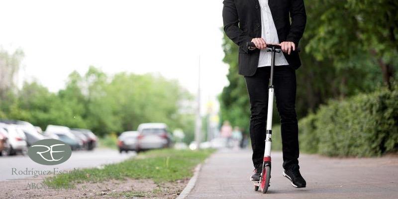 Accidente con patinete eléctrico, qué hacer si eres el conductor o el atropellado